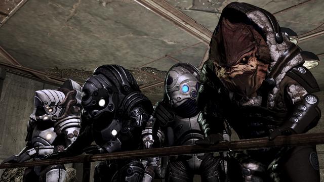 File:Bunch of krogan, various armors.png