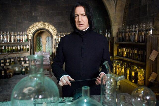 File:Severus Potions.jpg