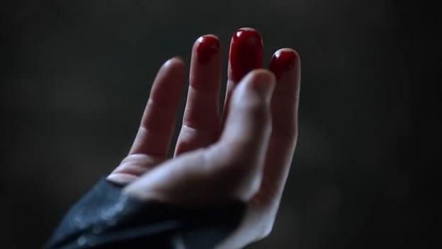 File:Supergirl-sensitive-hearing-bleeding.jpg