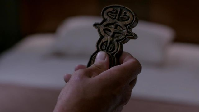 File:Supernatural Key to Oz.jpg
