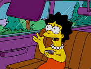 Lisa Simpson with Buttercup hairstyle