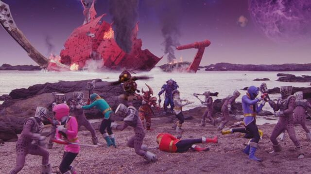 File:Gokaigers at Zangyack Homeworld.jpg