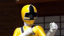 File:Power-ranger-yellow.jpg