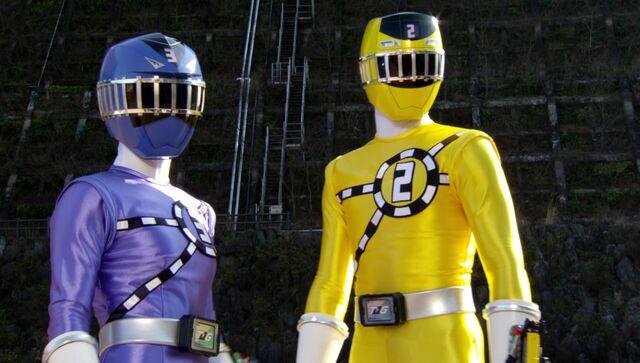 File:ToQger 4 - Blue & Yellow Swap.jpg