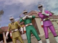 05 Turbo Shadow Rangers 01