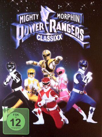 File:Season 2 DVD boxset .jpg