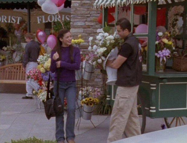 File:Danny saves flowers.jpg