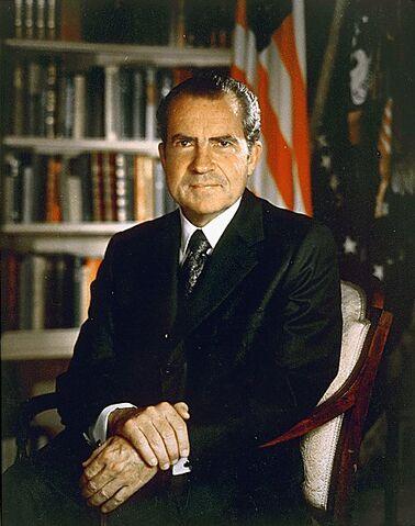 File:Nixon 30-0316a-1-.jpg