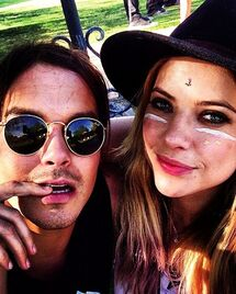 Ok 041514-ashley-benson-tyler-blackburn-dating
