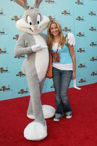Ashley-benson-and-bugs-bunny