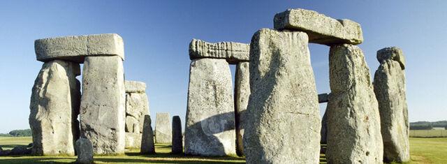 File:Primeval Continued Stonehenge.jpg
