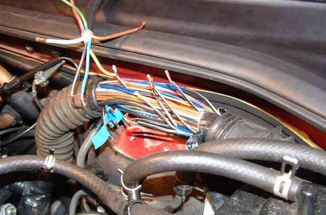 File:Cut wires.jpg