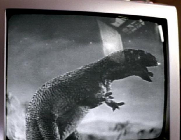 File:1x4dinosaurFilmAllosaurus.png