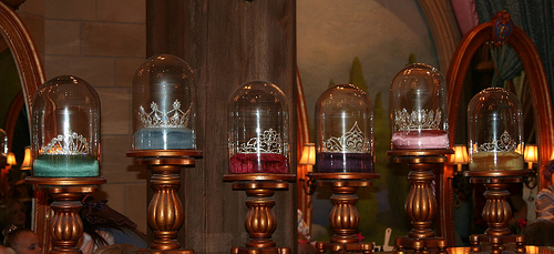 File:The Princess Tiaras in the Bippity Boppity Boutique in Cinderella Castle - Magic Kingdom.jpg