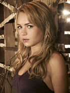 300 The-Secret-Circle-Britt-Robertson-Photo-credit-the-CW