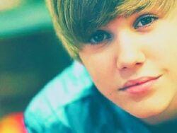 Justin-Bieber-justin-bieber-16991593-500-375