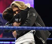 SmackDown 11-28-08 001