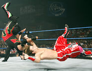 Smackdown-9-June-2006.6