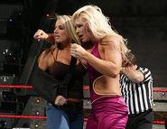 Raw-5June2006.30
