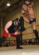 Craven Knyte in ring action 2