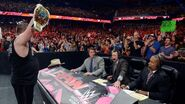 October 12, 2015 Monday Night RAW.48