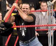 Raw 25-Oct-04-8