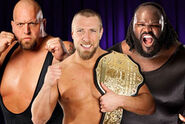 RR 12 triple threat match
