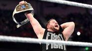 November 16, 2015 Monday Night RAW.12