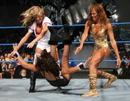 Smackdown-27-Oct-2006-20
