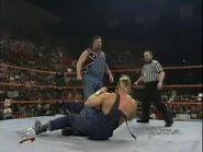January 19, 1998 Monday Night RAW.00027