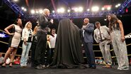 Dusty Rhodes statue unveiled at Axxess.4
