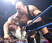 Smackdown-6January2005-5