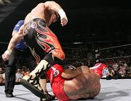 Smackdown-7July2005-12
