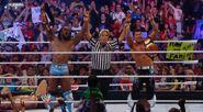 WWESUERSTARS102011 22
