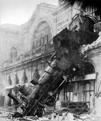 File:Train wreck at Montparnasse 1895.jpg
