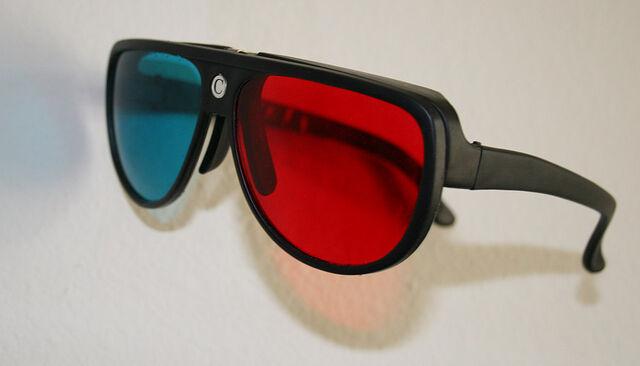File:Plastic 3d glasses.jpg