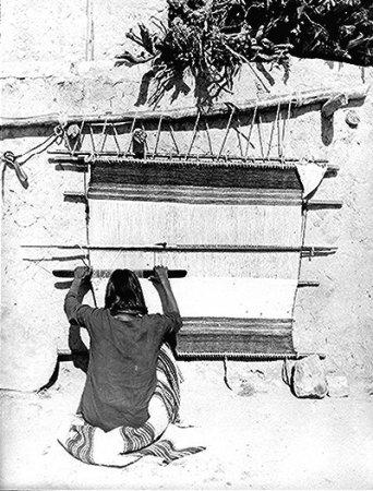 File:Hopi weaver.jpg