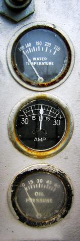 File:Water temperature amp oil pressure.jpg