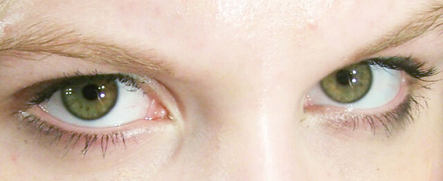 File:Greeneyes.jpg