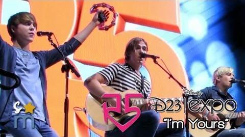 """R5 Perform """"I'm Yours"""" Acoustic Cover at D23 Expo"""