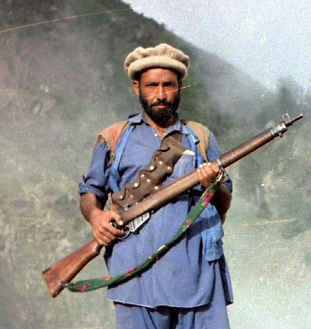 File:Kunar August85 with Enfield.png