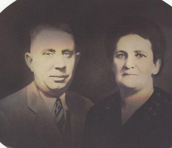 File:Photo of James A Johnson Sr and Mary Agnes Weber.jpg