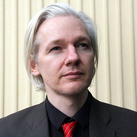 File:Julian Assange in Norway, March 2010.jpg