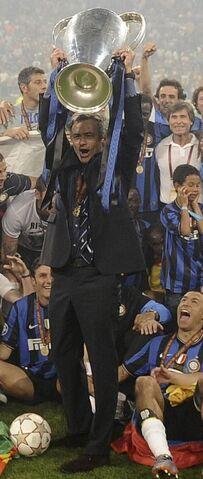 Archivo:Mourinho copa.jpg