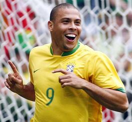 Ronaldo seleccion.jpg