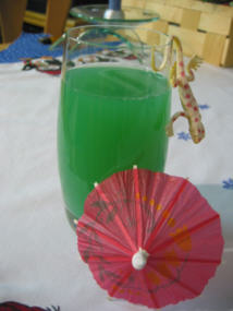 File:Cocktail green spirit.jpg