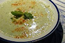 Sour cucumber soup