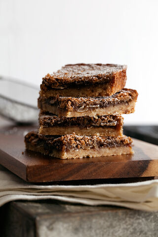 File:Coconut-dream-bars600.jpg