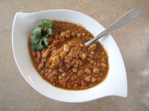 File:Spicylentilsoup7.jpg