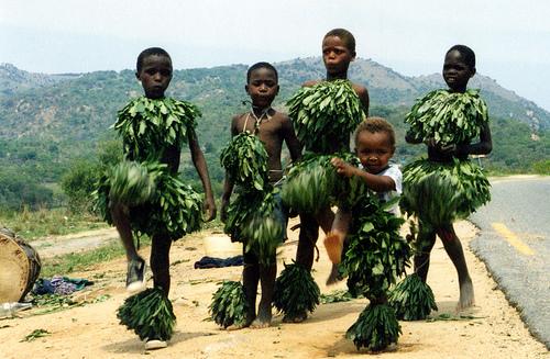 File:Swazi kids.jpg